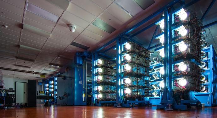 Лазер OMEGA воспроизвел условия, близкие к границе начала реакций термоядерного синтеза