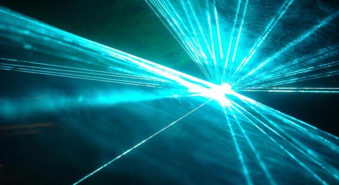 Страну защитят лазеры и гиперзвук