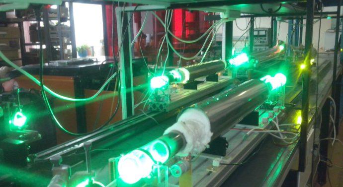 Ученые ТГУ создали для медиков уникальный лазер для резки костей и биологических тканей.