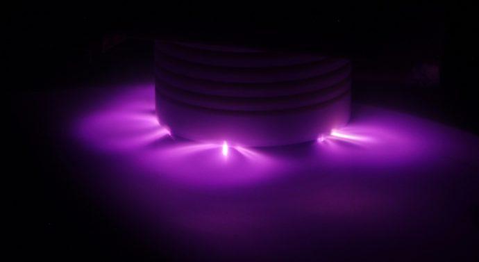 В БФУ им.И.Канта изготовлены уникальные лазерные зеркала большой площади