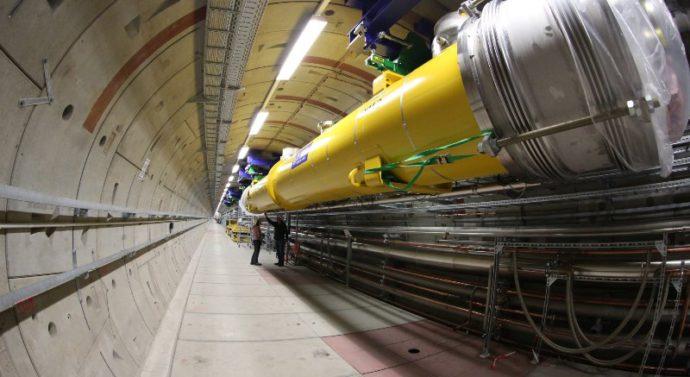 Новый рентгеновский лазер строят в Германии под руководством российских ученых