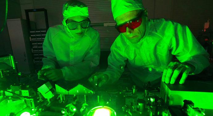 Нижегородский университет начал готовить специалистов для мощнейшей лазерной установки