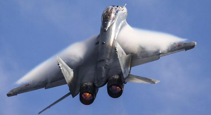Новейший истребитель МиГ-35 сможет применять перспективное оружие, включая лазерное