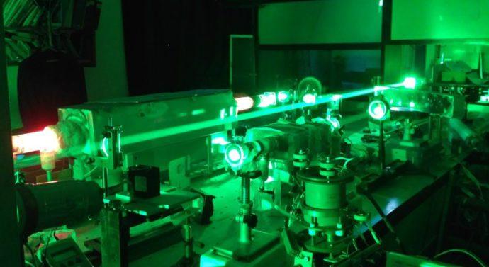 Томские ученые создают новый лазерный монитор, позволяющий видеть сквозь пламя