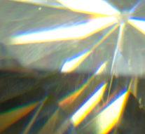 Физики научились «гравировать» электрические цепи в кристаллах