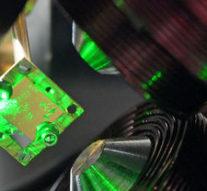 Рекордный аттосекундный лазер позволил заглянуть в самые глубины атома