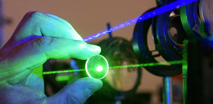 Лазер поможет выявлять поддельную маркировку изделий из драгметаллов.