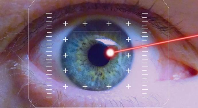 Ученые изобрели окулярный лазер, который поможет скорректировать зрение