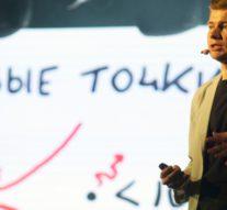 Аспирант ИТМО рассказал про лазер с голограммами и квантовыми точками и победил на Science Slam в Петербурге