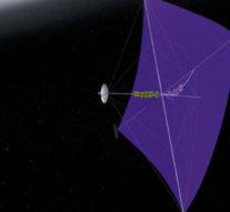 Учёные придумали наноматериал для космических парусов управляемых лазером