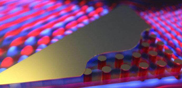 Физики из России научились «вытачивать» плащи-невидимки с помощью лазера