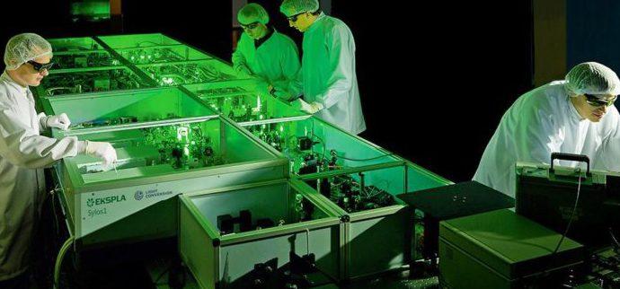 Ультрабыстрые лазеры могут значительно снизить воздействие от ядерных отходов