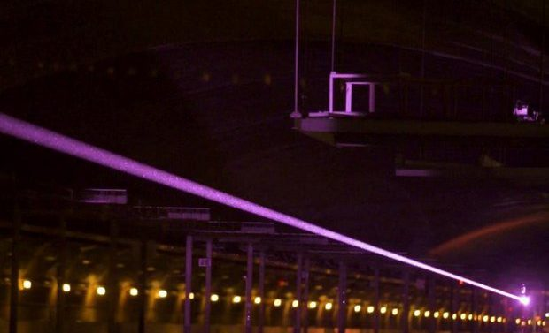 Американцы показали лазерную передачу энергии для военных
