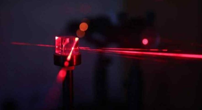 Разработка инженера из Томска позволит улучшить работу импульсных наносекундных лазеров