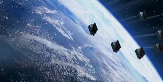 Российский стартап хочет показывать рекламу лазерами из космоса