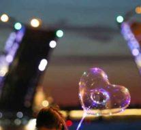 В ночь с 21 на 22 октября в Петербурге  шестой сезон шоу «Поющие мосты» завершится лазерным шоу